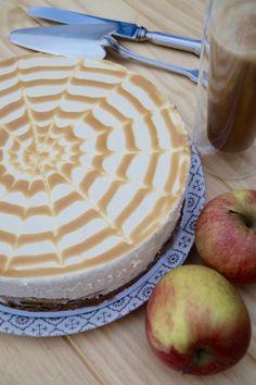 Cheesecake automna l Cheesecake pomme caramel beurre salé Que diriez-vous d'un bon et joli gâteau automnal? Me concernant j'ado...
