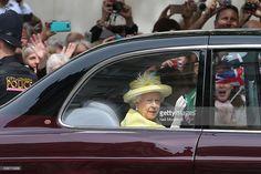 """Getty Images News on Twitter: """"Queen Elizabeth II @StPauls today #Queenat90"""