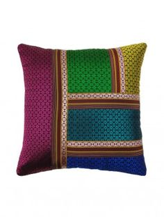 Multi-Colour Khunn Patch Work Cushion Cover X Cushion Cover Designs, Pillow Cover Design, Diy Pillow Covers, Cushion Covers, How To Make Pillows, Diy Pillows, Designer Bed Sheets, Old Bed Sheets, Indian Pillows