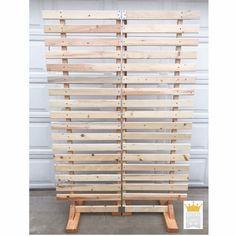 Wood Pallet Wall Display Wedding Backdrop Wood Pallet Jewelry Display Craft Show Display Craft Show Wall Display Wood Pallet Display Ladder Display, Pallet Display, Wood Display, Vintage Booth Display, Display Boards, Pallet Backdrop, Wall Backdrops, Pallet Wall Art, Pallet Walls