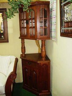 Mueble esquinero China Cabinet, Bookcase, Shelves, Drink, Storage, Furniture, Ideas, Food, Design
