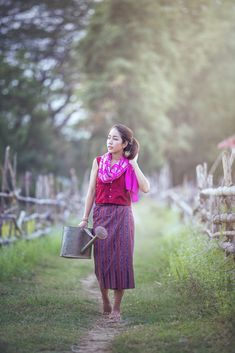 Life in beautiful Thailand Lace Skirt, Sequin Skirt, Local Women, Phan, People Like, Your Photos, Thailand, Engagement, Beautiful