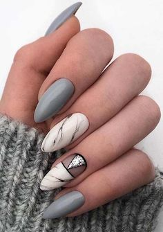 Unique Nail Designs for Winter Season 2019 Eplore creative and beautiful nail art & nail designs to inspire your next manicure. Try these fashionable nail ideas and share them with us at Fall Nail Art Designs, Diy Nail Designs, Minimalist Nail Art, Cute Nails, Pretty Nails, Nail Design Glitter, Nails Design, Nagellack Design, Classic Nails