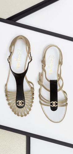 Lambskin jeweled sandals - CHANEL | The House of Beccaria#