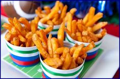 Super Bowl party ideas; cup of fries