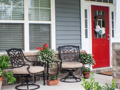 Front Porch Decorating Ideas From Around the Country: Home-decor blogger Melissa Riker of The Happier Homemaker believes that beautifully styled porches don't have to be big on space or budget. Description from pinterest.com. I searched for this on bing.com/images