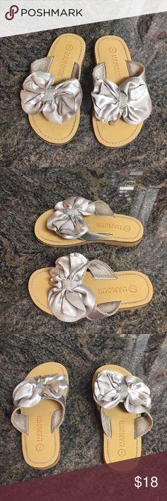 L'AMOUR Silver Sandals - Size 7 Toddler L'AMOUR Silver Sandals - Size 7 Toddler  Retail $40 L'AMOUR Shoes Sandals & Flip Flops