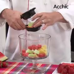 The Best Fruit And Vegetable Cutter - Life Hacks & Gadgets - Goodfood web Cool Kitchen Gadgets, Home Gadgets, Cooking Gadgets, Cooking Tools, Kitchen Items, Kitchen Hacks, Kitchen Tools, Cool Kitchens, Bar Kitchen