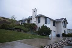 3100 Kingwood Ct, Great Falls, MT 59404 | MLS #16-2355 - Zillow