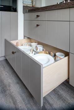 Storage Shelves, Kitchen Storage, Kitchen Layout, Kitchen Design, Low Cabinet, Kitchen Essentials, Kitchen Interior, Cool Kitchens, Kitchen Remodel