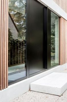 Unbelievable Modern Architecture Designs – My Life Spot Modern Tiny House, Modern Door, Modern Exterior, Modern House Design, Exterior Design, House Doors, House Entrance, One Storey House, Contemporary Barn
