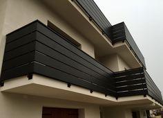 Parapetti in ferro in stile moderno su poggioli con lamiera sagomata colore nero grafite