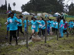 Mais de mil desafiaram a chuva e a lama - Câmara Municipal da Amadora