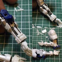 Great use of pistons for open hatch modifications. 腕のリンケージとシリンダー、やっとまとまりました#バルバトス #barbatos #HG #オルフェンズ #gundam  #gunpla #instagundam