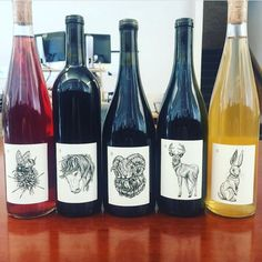 A huge congrats to my wonderful clients and exquisite wine makers at @frenchtownfarms !! All of their wines feature new labels with my custom art.  I am honored to have had the opportunity to create them for some of the most delicious wine I have ever tasted! #winelabels #graphicart #graphicdesign #customart #commission #californiawine #labelartist #winelabelart #frenchwine #kellypattonart #inkdrawing #illustration