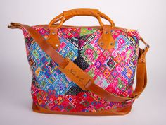 """Beautiful bag.  Even if its a """"Diaper bag"""" i think i could find some other use for it right?"""