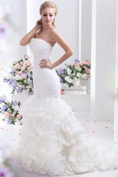 Sparkle Trumpet-Mermaid Strapless Court Train Tulle Wedding Dress CWLT1306C #weddingdresses #cocomelody