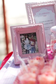 Pink Party - A personal project by Thais B de A, via Behance