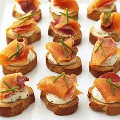 smoked salmon & pancetta crostini @ recipes.doctissimo.com