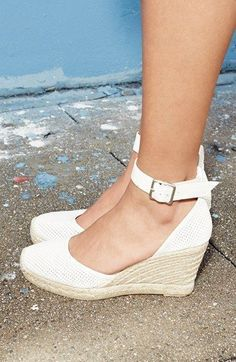 Marc by Marc Jacobs Summer Breeze D'Orsay Wedge Espadrilles Pretty Shoes, Beautiful Shoes, Cute Shoes, Me Too Shoes, Summer Wedges, Summer Shoes, Summer Sandals, Summer Outfits, Leather Espadrilles