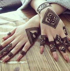 Your Comments About This Hand Henna/Mehndi Design!Fascinating new year mehndi designs for hands and arms are just perfect for enhancing your beautiful appearance and personality. Hardly, there would be any woman who has not applied mehndi on her and Henna Hand Designs, Dulhan Mehndi Designs, Mehandi Designs, Mehndi Designs Finger, Henna Tattoo Designs Simple, Modern Mehndi Designs, Mehndi Design Pictures, Wedding Mehndi Designs, Mehndi Designs For Fingers