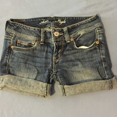 American Eagle Jean Shorts! American Eagle jean shorts. Size 2. Perfect condition. Prices negotiable, just send me an offer :) American Eagle Outfitters Shorts Jean Shorts