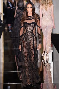 Atelier Versace Spring 2015 Couture Runway – Vogue LOOK 36!!!!! OMG JOAN SMALLS