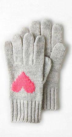 Heather grey heart gloves // love