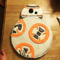 Easy bb8 cookie cake