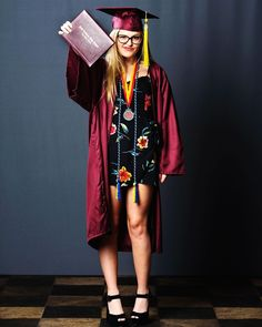 Happy grad everyone!! Don't forget Jody Rael cap and gown sessions are this coming week! . . #JodyRaelSEEN #seniorsignite #wearetheSEEN #SeniorPhotography #SeniorPhotographer #jodyraelphotography #lasvegasphotographer #photooftheday #grad #party