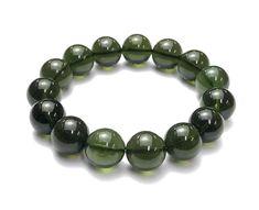 Moldavite Bracelet Round by jollygems Kinetic Energy, Jewelry Making, Beaded Bracelets, Jewels, Glass, Ideas, Jewerly, Drinkware, Pearl Bracelets