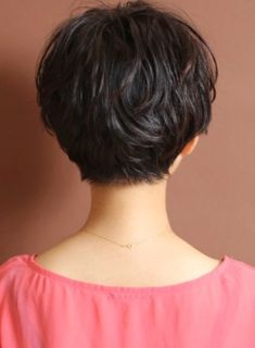 The back, why can't anyone do this to my hair?