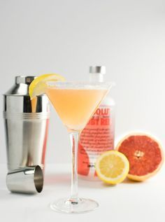 Ruby Red Lemondrop Martini...YUM. Grapefruit anything is my fave and I LOVE Lemondrops! How have I not seen this :(