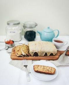 Chai Tea Loaf Cake With Maple Glaze