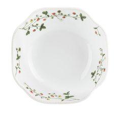 Jordbæreng: Jordbærbolle 23cm - Hyttefeber.no Plates, Tableware, Products, Licence Plates, Dishes, Dinnerware, Griddles, Tablewares, Dish