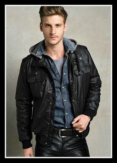 Men's Leather Jackets: How To Choose The One For You. A leather coat is a must for each guy's closet and is likewise an excellent method to express his individual design. Leather jackets never head out of styl Mens Leather Pants, Black Leather Biker Jacket, Tan Jacket, Jacket Men, Cool Jackets For Men, Motard Sexy, Teen Boy Fashion, Revival Clothing, Stylish Men