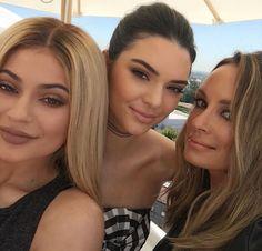 Find images and videos about kylie jenner and kendall jenner on We Heart It - the app to get lost in what you love. K Jenner, Kendall And Kylie Jenner, Kardashian Jenner, Travis Scott, Rapper, Dash Dolls, Jenner Girls, Celebs, Celebrities