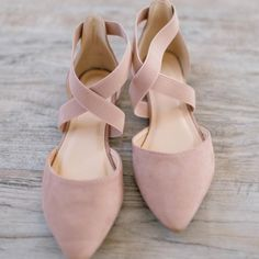Arabesque Flat In Blush Color Pink Size Various Flat Dress Shoes, Women's Shoes, Me Too Shoes, Shoe Boots, Cute Shoes Flats, Pink Dress Shoes, Suede Shoes, Pink Flats, Pink Flat Shoes