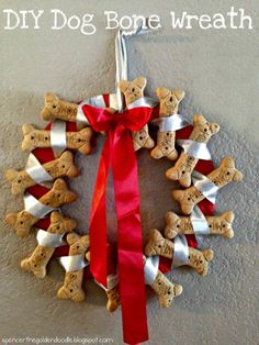 Today's DIY project is a Dog Bone Wreath. This makes a great gift for those … Today's DIY project is a Dog Bone Wreath. This makes a great gift for those dog lovers in your life. Diy Dog Gifts, Diy Dog Treats, Gifts For Dog Owners, Dog Lover Gifts, Christmas Gifts For Mom, Homemade Christmas Gifts, Christmas Dog, Dog Christmas Ornaments, Christmas 2015