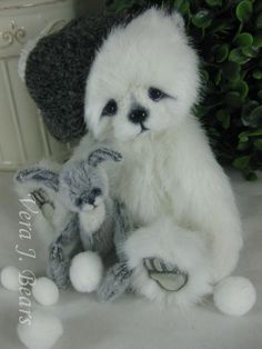 Vera J.Bears SNOWDROP