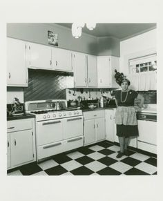I love this woman and this photograph. Sonya Freedman. 2219 Quentin Rd., Flatbush, Brooklyn. August 1, 1978. (1978)