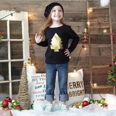 Girls Gold Christmas Tree Vinyl Top – Lolly Wolly Doodle