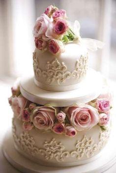 Very Pretty Lacy Cake Gorgeous Cakes, Pretty Cakes, Cute Cakes, Amazing Cakes, Mini Cakes, Cupcake Cakes, Peggy Porschen Cakes, Traditional Wedding Cakes, Wedding Cake Alternatives