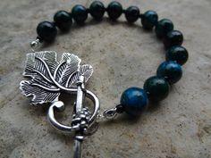 Leaf Toggle Clasp Bracelet - Green Handmade Beaded Bracelet