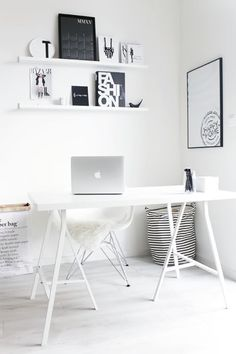 stylish, super minimalist Home Office design I think that minimalist style is one of the best idea for a Home Office, because it is stylish, simp. Home Office Design, Home Office Decor, House Design, Home Decor, Office Ideas, Office Designs, Workspace Design, Office Style, Office Workspace