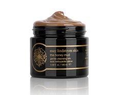 The honey mud May Lindstrom http://www.vogue.fr/beaute/tendances-d-ailleurs/diaporama/tendance-beaute-les-baumes-a-demaquiller/21684#!the-honey-mud-may-lindstrom