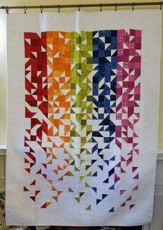 Modern quilt patterns - New Patchwork Trends – Modern quilt patterns Modern Quilting Designs, Modern Quilt Patterns, Boho Pattern, Modern Quilt Blocks, Scandinavian Pattern, Rainbow Quilt, Half Square Triangle Quilts, Design Floral, Quilt Modernen
