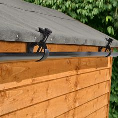 This innovative gutter kit easily clamps on to your shed roof without the need for specialist tools or equipment allowing you to easily collect rainwater for use in your garden. Ideal for use with a water butt for a simple rainwater harvesting solution. #gardensheds