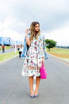 Meu look – Midi + Denim! Saia e blusa – Linda de Morrer | Jaqueta – Pat Bo | Scarpin – Luiza Barcelos | Bolsa – Dior