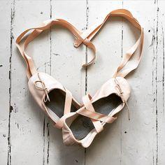 """""""Happy Friday, #BalletBeautifulStyle !  #BalletBeautiful """""""